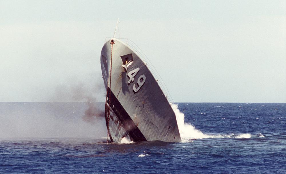 ex HMAS Canberra sinking - YouTube