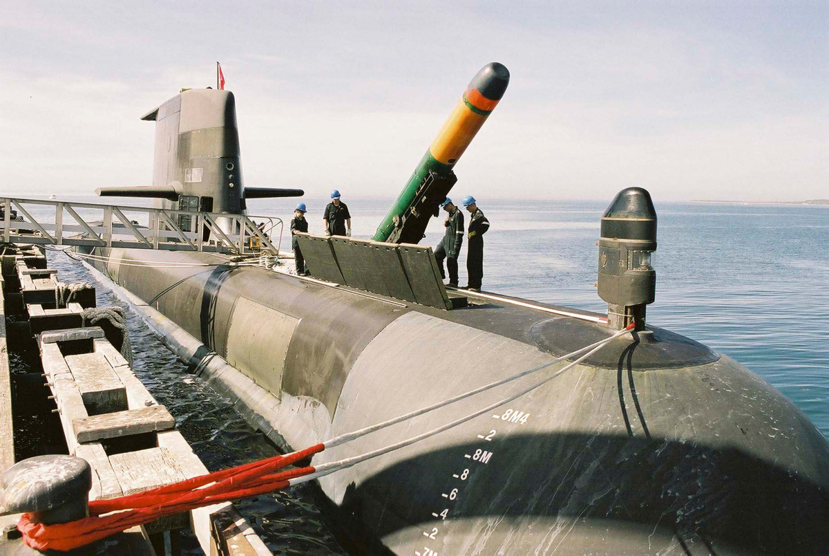 HMAS Dechaineux | Royal Australian Navy