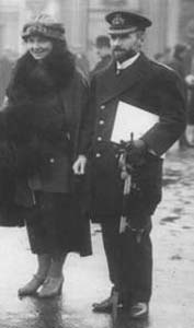 Walter Thring with his wife Dorothy outside Buckingham Palace 1920