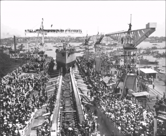 Brisbane's launch on 30 September 1915