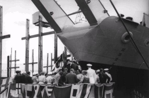 HMAS Kimbla being commissioned on 26 March 1956