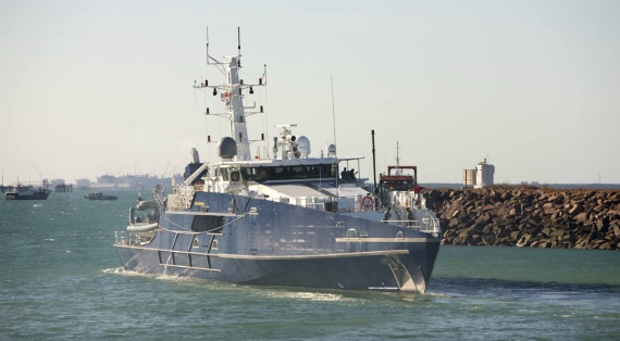ADV Cape Fourcroy departs HMAS Coonawarra to conduct continuation training as part of Operation RESOLUTE.