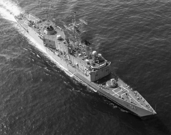 An aerial view of HMAS Adelaide taken prior to flight deck modernisation.