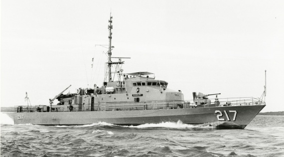 HMAS Bunbury was one of 15 Fremantle Class Patrol Boats commissioned into the Royal Australian Navy. They were larger, more powerful and capable than the proceeding Attack class.