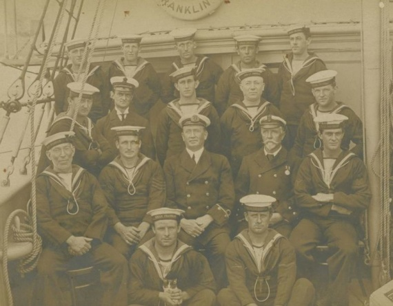 Members of Franklin's ship's company c.1915