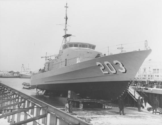 HMAS Fremantle prior to launching.