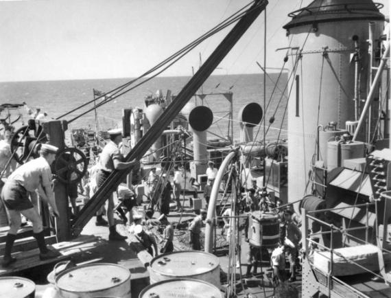 HMAS Hawkesbury embarking supplies at Onslow for Operation HURRICANE