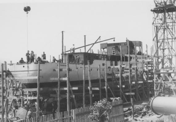 HMAS Maryborough under construction at Walkers Ltd, Maryborough, Queensland.