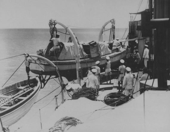 Survey operations off the Queensland coast, circa 1927.