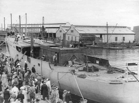 The launching of HMAS Ballarat (I), 10 December 1940.