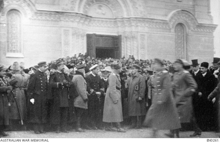 Australian and French naval officers meet with Russian officers at Mariupol - December 1918 (AWM).