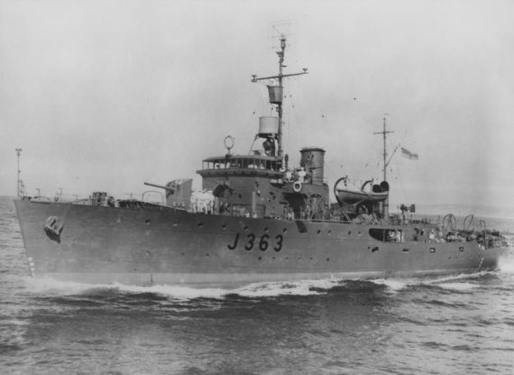 Strahan conducted escort and anti-submarine patrol duties in New Guinea after commissioning.
