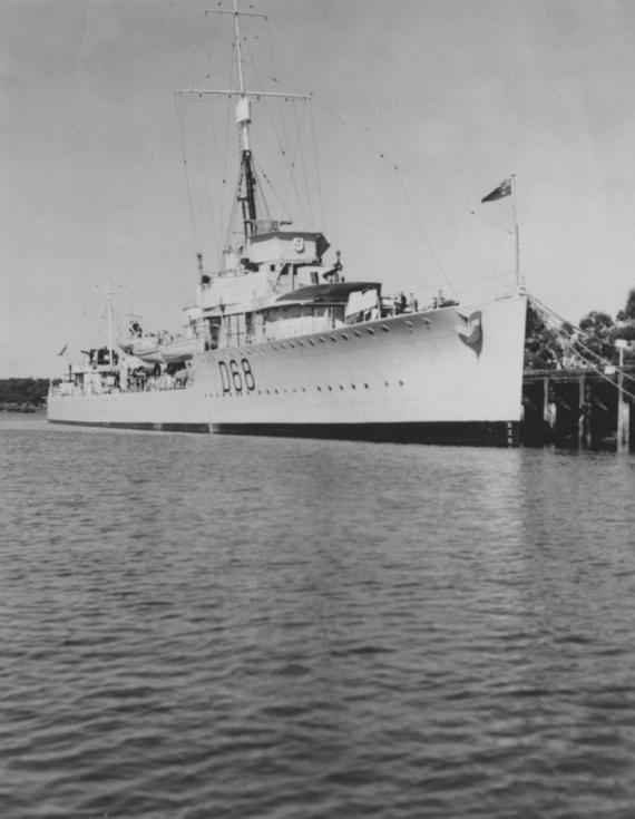 Vampire alongside HMAS Cerberus (Flinders Naval Depot) Westernport, Victoria c. 1938.