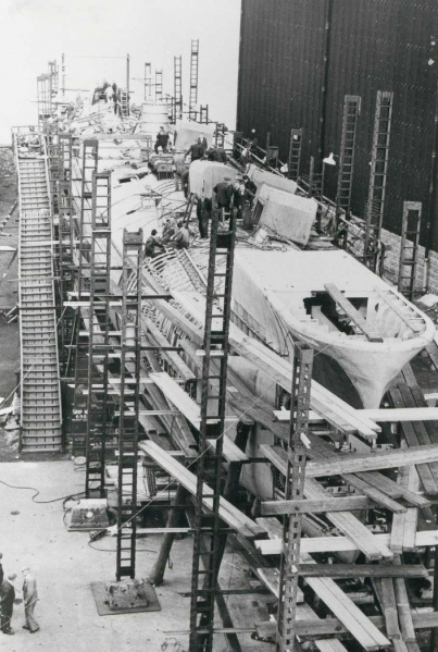 Oxley under construction, 23 August 1965.