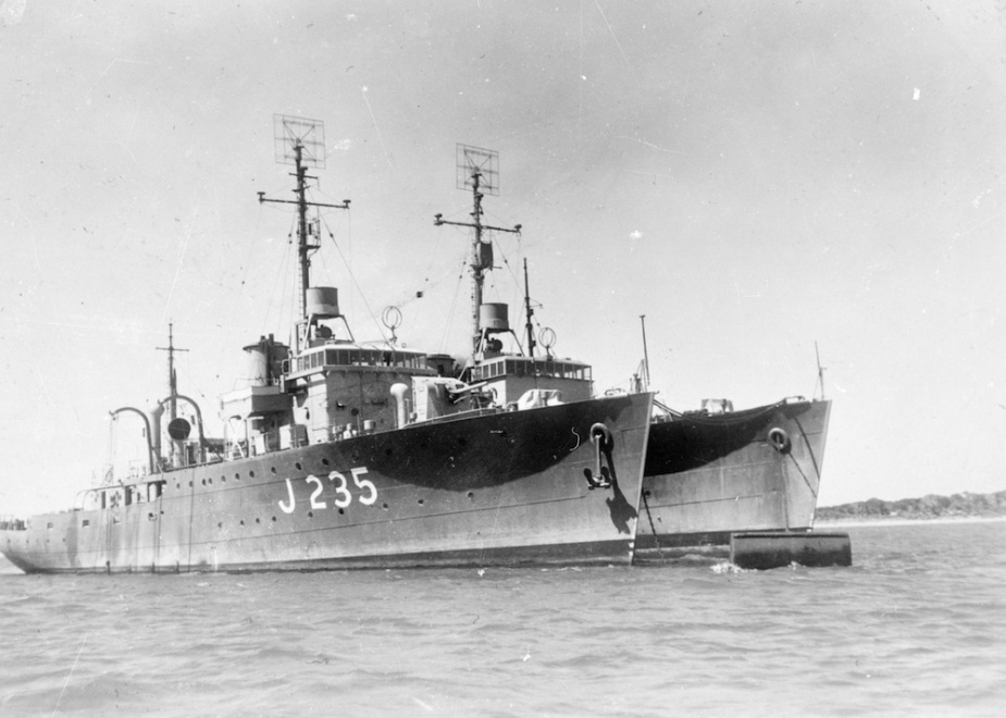 Horsham moored alongside one of her sister ships c.1944