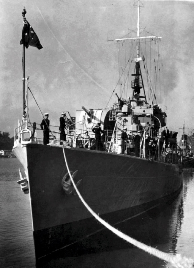 HMAS Hawkesbury alongside in 1953