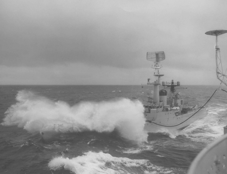 Yarra conducting a replenishment at sea.