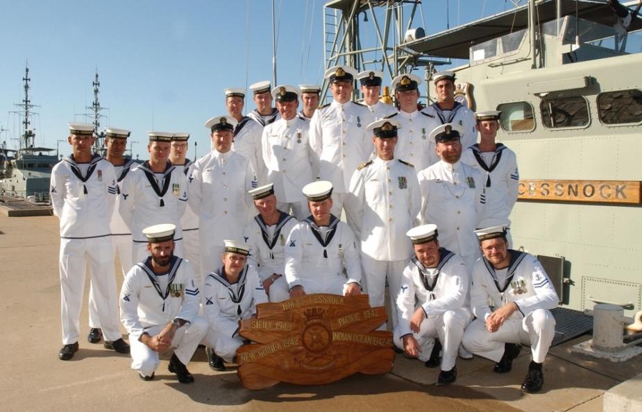 Decomissioning crew of HMAS Cessnock II.