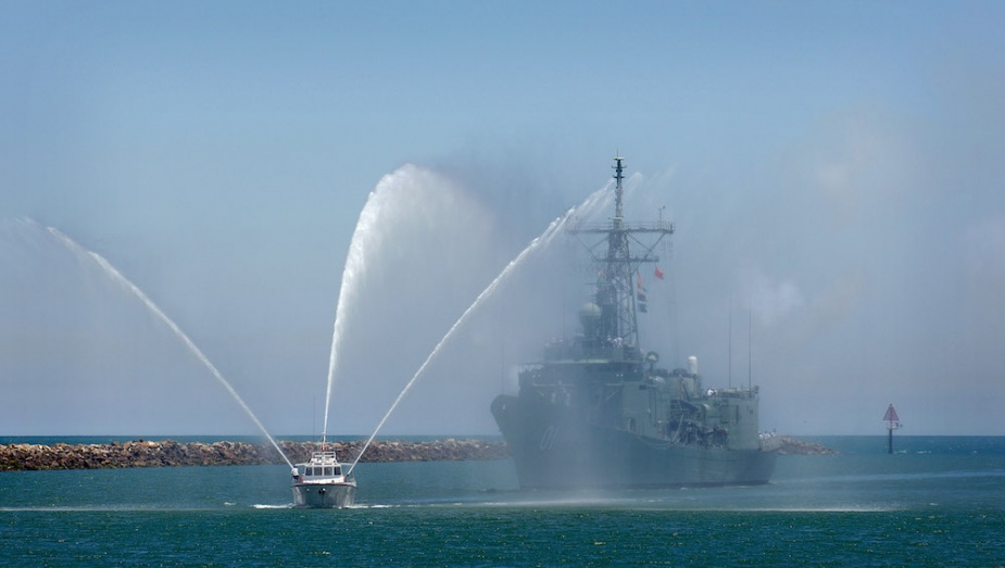 Adelaide (II) is welcomed into her namesake city for the last time in 2007.