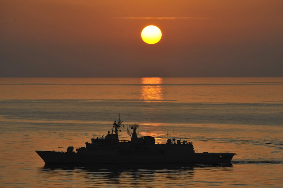 HMAS Anzac patrols in International Waters in the Middle East Area of Operations.