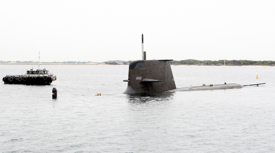HMAS Waller conducts a dive incline trial at Fleet Base West.