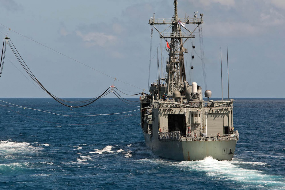 HMAS Sydney conducts a replenishment at sea (RAS) with HMAS Sirius.