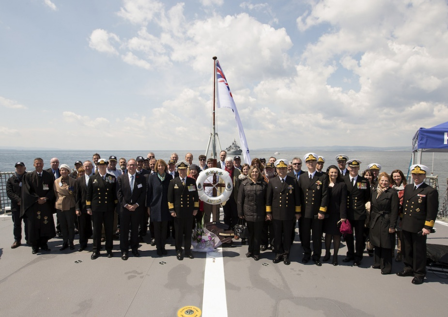 Chief of Navy Vice Admiral Tim Barrett, AO, CSC, RAN, with the Turkish Fleet Commander Vice Admiral Veysel Kosele, and guests onboard HMAS Anzac, for a commemorative service to HMAS AE2, lost during World War One, in the Sea of Marmara.
