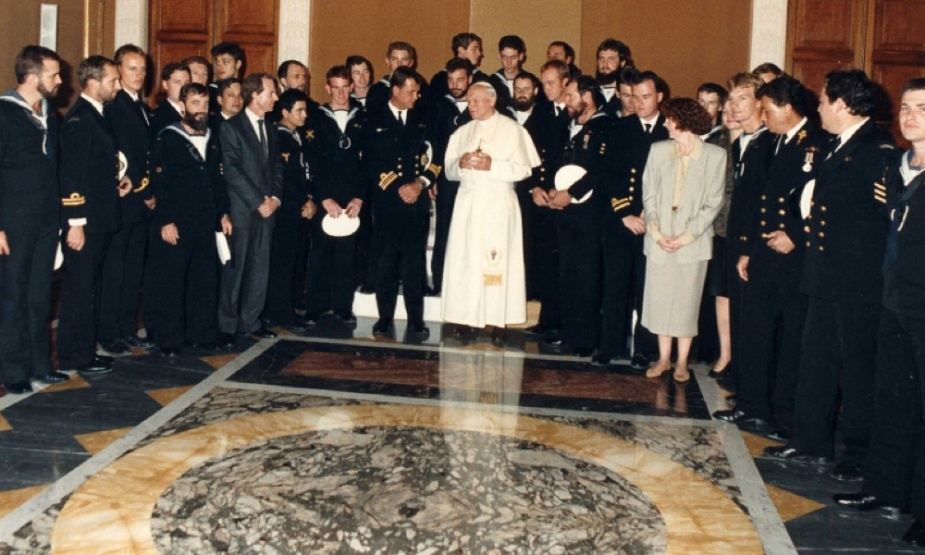 Oxley's crew meeting the Pope in 1990.