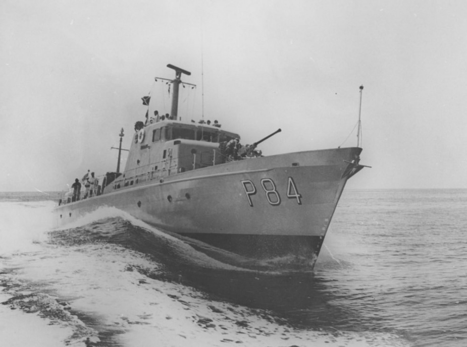 HMAS Aitape at sea, circa 1968.
