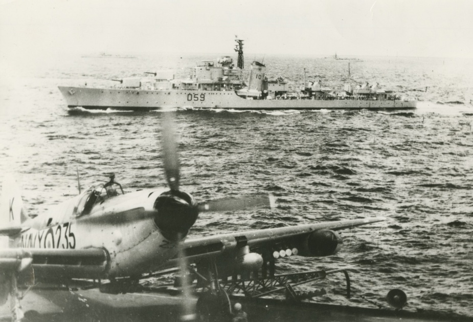 Anzac in Korean waters as seen from the flight deck of HMAS Sydney (III)
