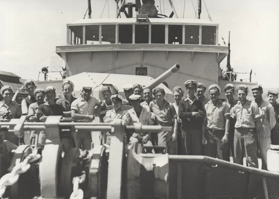 Members of HMAS Launceston's crew