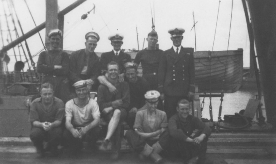 Part of the crew on board HMAS Beryl (II).