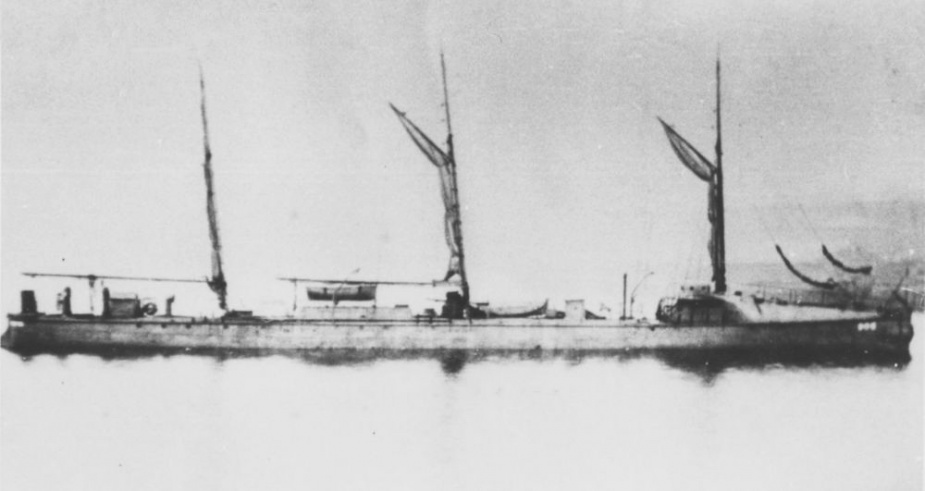 TB.905 rigged as a three-masted schooner for her voyage to Australia.