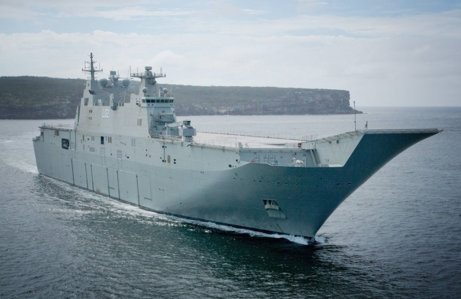 HMAS Canberra (III) -the biggest warship built for the RAN entering Sydney Harbour, November 2014.