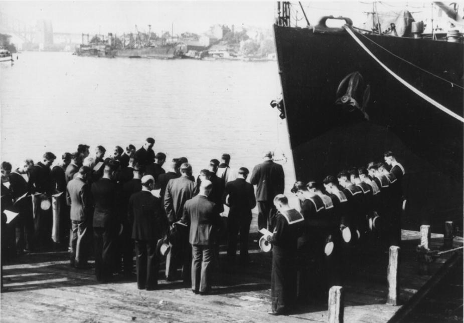 Commissioning of HMAS Armidale in Sydney, 11 June 1942