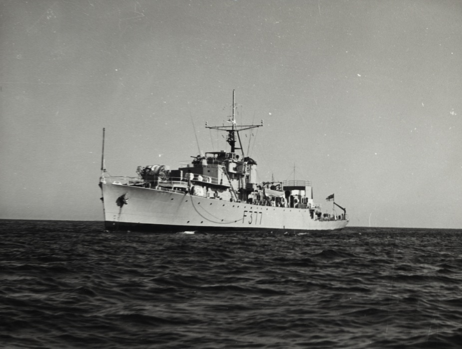 HMAS Diamantina changed pennant numbers four times during her commission. They were F377, K377, A266 and GOR266