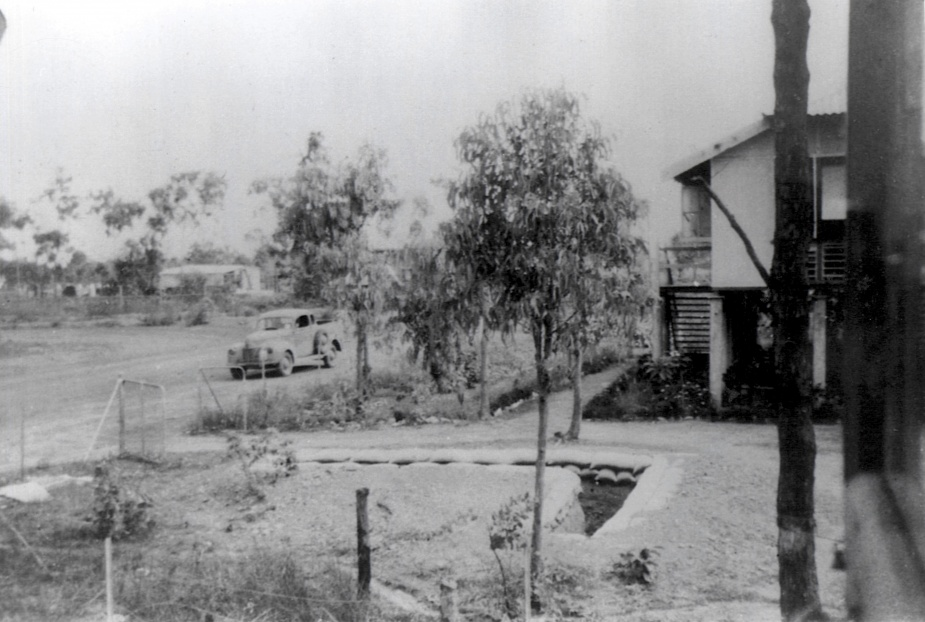 Melville, 1942 displaying a split trench for air raids.