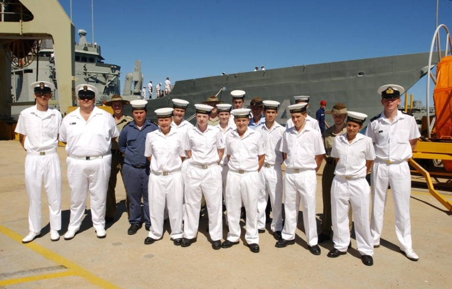 HMAS Perth Cadets on board HMAS Darwin for sea ride experience. The Cadets and Senior Cadet Officers gather for a group photo prior to boarding the HMAS Darwin, 7 April 2006.