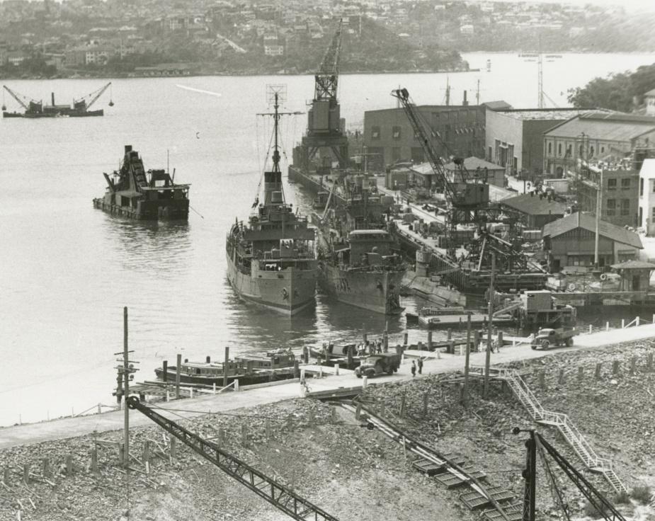 HMAS Echuca alongside the West Wharf at Garden Island c.1944