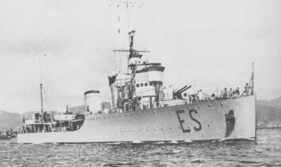 The Italian destroyer Espero.