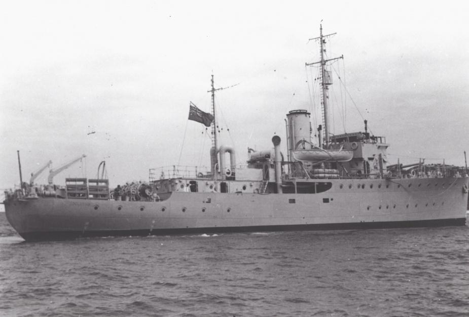 HMAS Goulburn decommissioned on 27 September 1946 after steaming 165,000 miles for the Royal Australian Navy