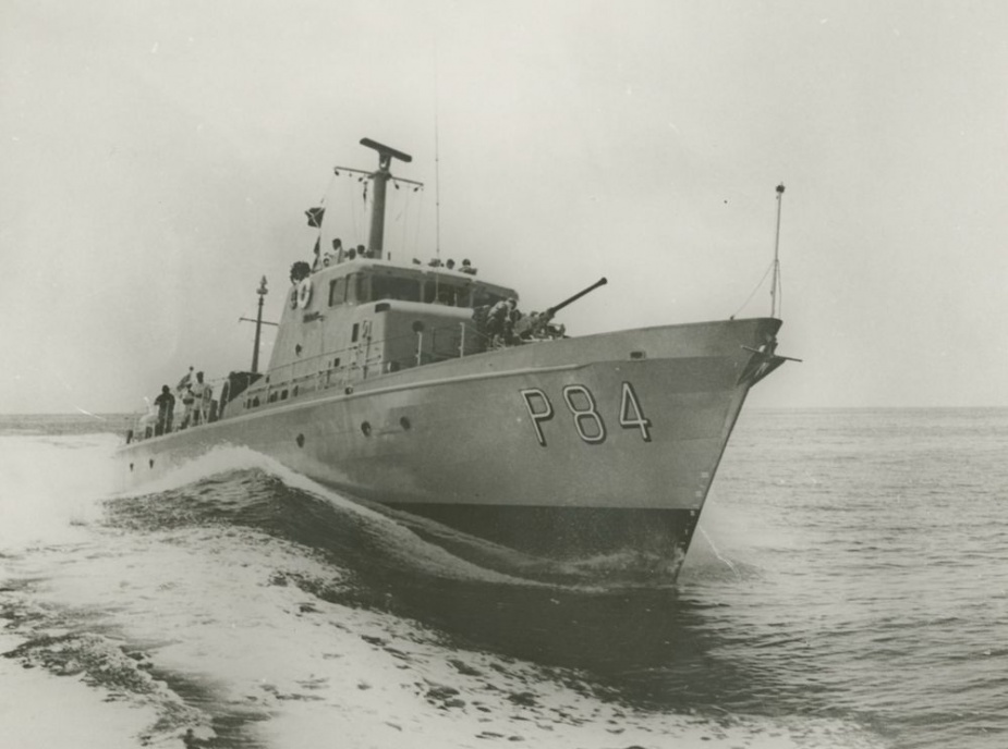 HMAS Aitape at sea circa 1973.