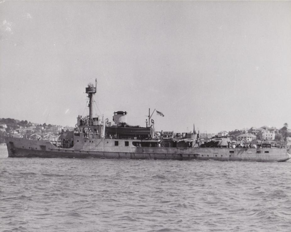 HMAS Abraham Crijnssen underway