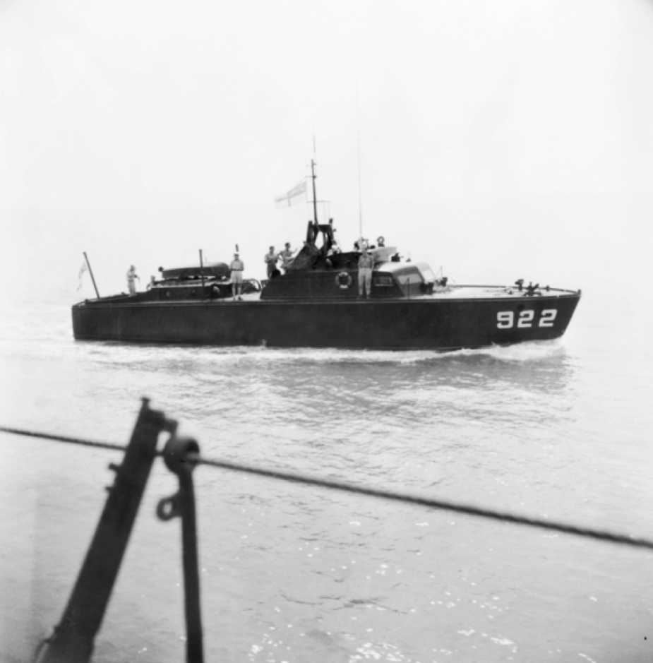 HMAS Air Clan at sea (AWM118656)