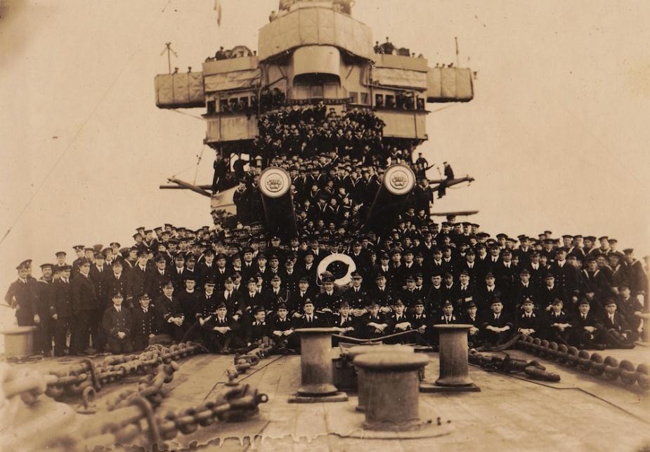 HMAS Australia's ships company in 1918