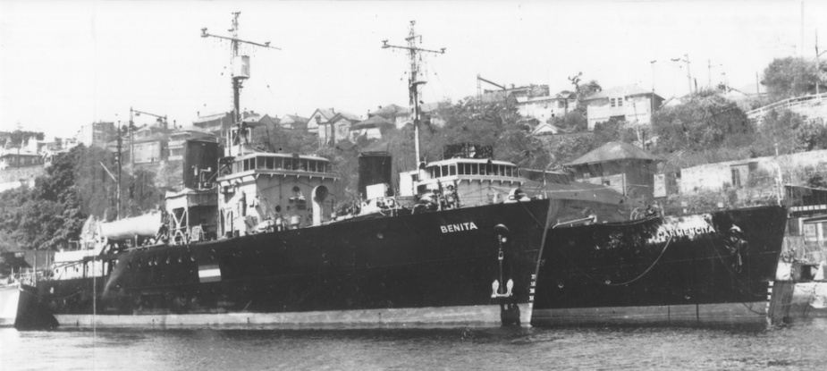 Many of the Bathurst class corvettes were sold for commercial use after the war. Here the former HMAS Goulburn (Benita) can be seen outboard of Ballarat which was renamed Carmencita