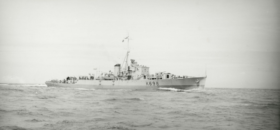 HMAS Condamine paid off on 2 December 1955 after steaming 180,000 miles for the Royal Australian Navy