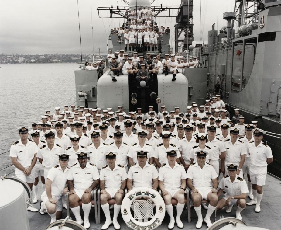 HMAS Derwent's decommissioning crew
