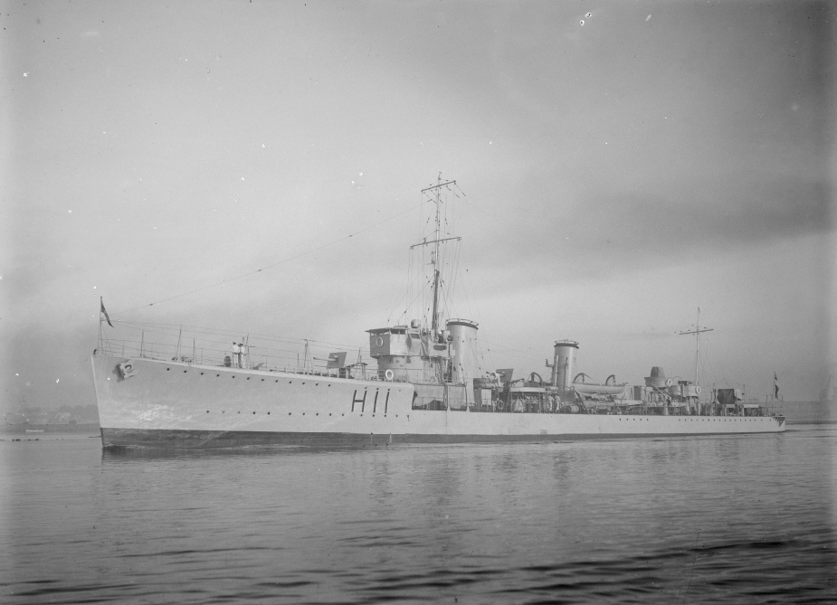 HMAS Swordsman. (From the collection of the State Library of Victoria)