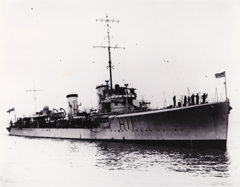 HMAS Swordsman shortly after she arrived in Australia circa May 1920